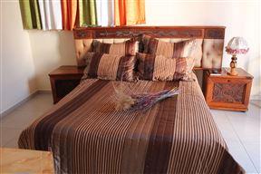 Mohlongwafatshe Guest House