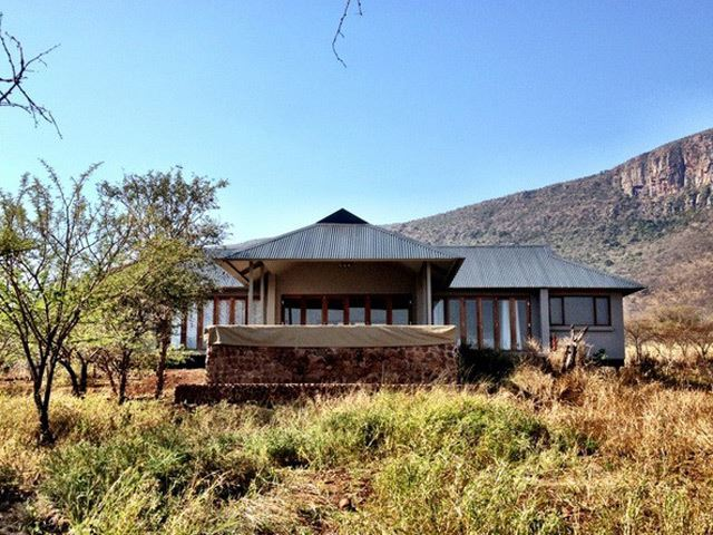 Royal Jozini Bushwillow Lodge