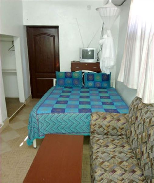 the royal palace hotel makadara accommodation and hotel reviews. Black Bedroom Furniture Sets. Home Design Ideas