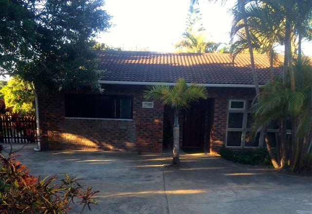 Mopani Cottages