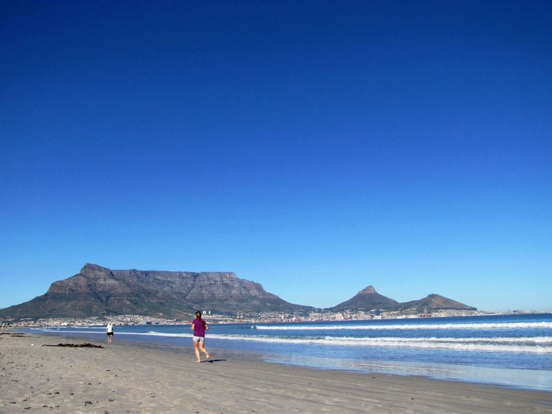 The Beach Room Milnerton Affordable Weekend Getaway : g507025 from affordableweekends.co.za size 800 x 600 jpeg 42kB