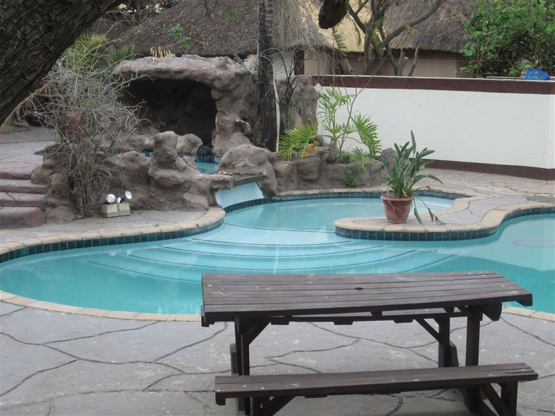 Ecotel midrand johannesburg accommodation weekendgetaways for Swimming pool technician salary