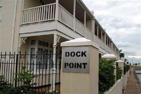 12 Dock Point