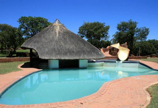 Thaba Monate Game Lodge