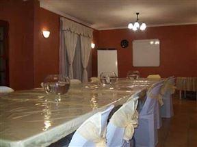 La'Phola Guest House