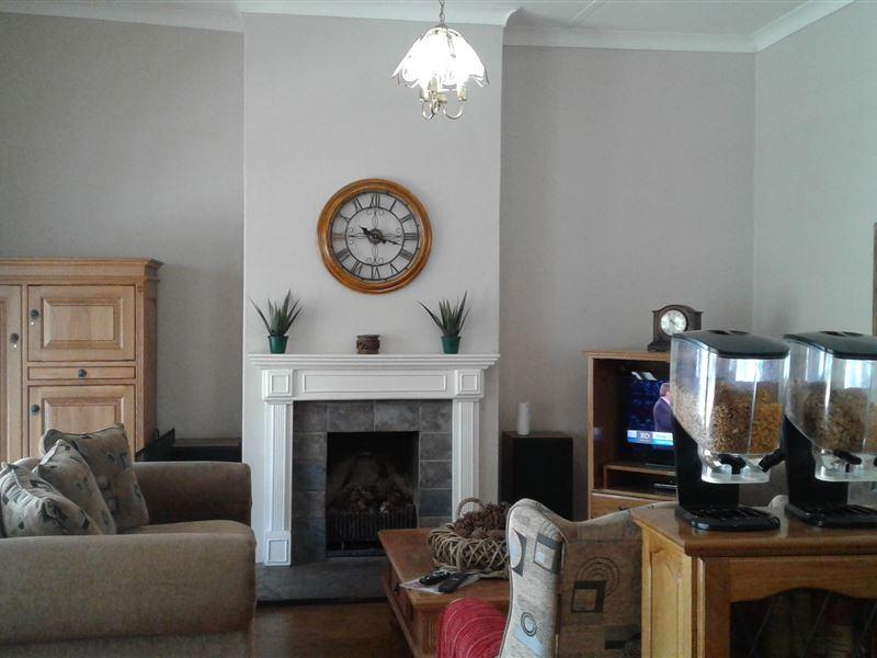 Herbertdale Guest House In Kokstad Airportstay Co Za