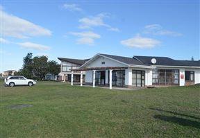 Uvongo Beach House Craighall 1 South Coast - SPID:2105535
