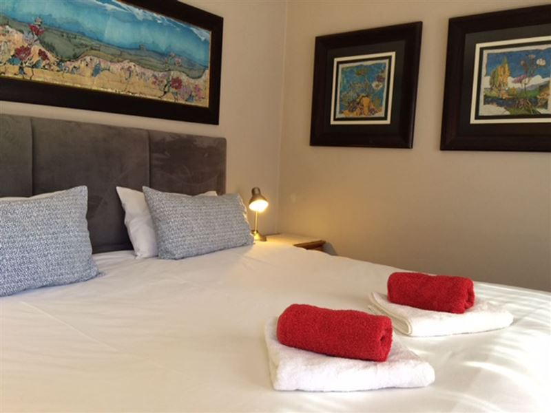 Charmwood Cottage In Bloemfontein Airportstay Co Za