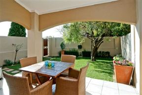 Lonehill Village Estate, No 301