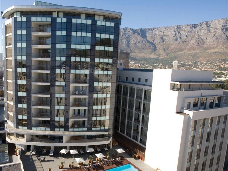 Mandela Rhodes Hotel Restaurant