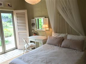 Accommodation at Bijou Hermanus