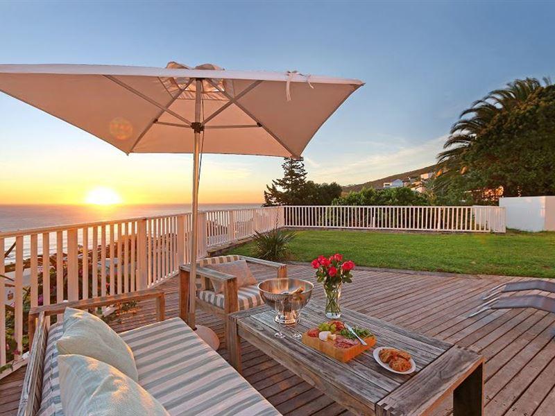Hideaway Cape Town Accommodation In Llandudno Weekend
