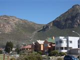 B&B2284160 - False Bay