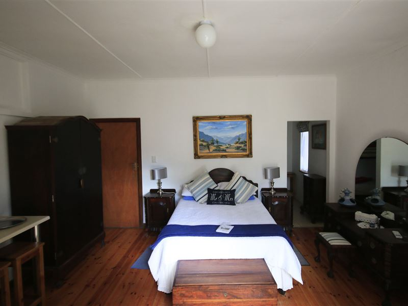 pet friendly Addo Village