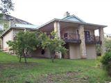 Bluegum Villa, Clarens Golf Estate