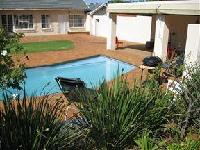 La Marchant Guesthouse Photo