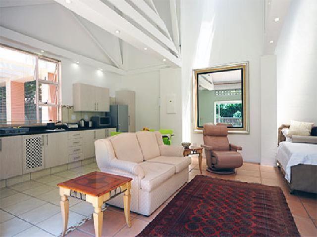 Fifteen on orange johannesburg accommodation for Luxury kitchen johannesburg