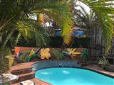 Ansteys Beach Self-Catering and Backpackers