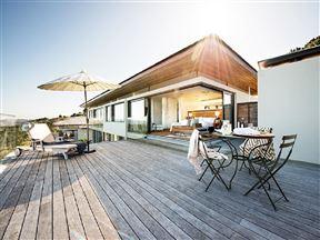 Simola Luxury House Photo