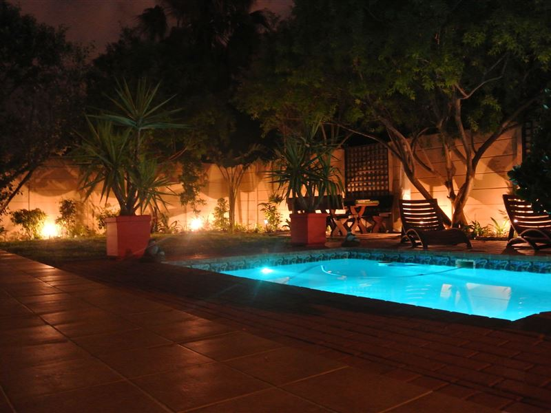 Luxury Holiday Apartment Bloubergstrand Accommodation