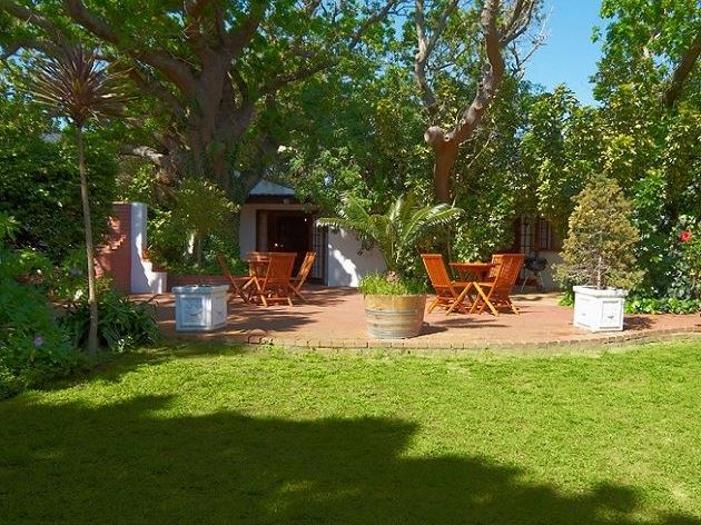 Landscaping Stones Port Elizabeth : Sacred mountain lodge in cape town airportstay za