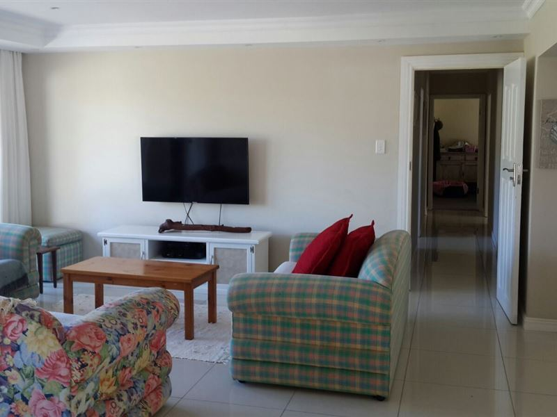 Holiday Home Glen Eden Accommodation In East London Weekend Getaways Cape Town