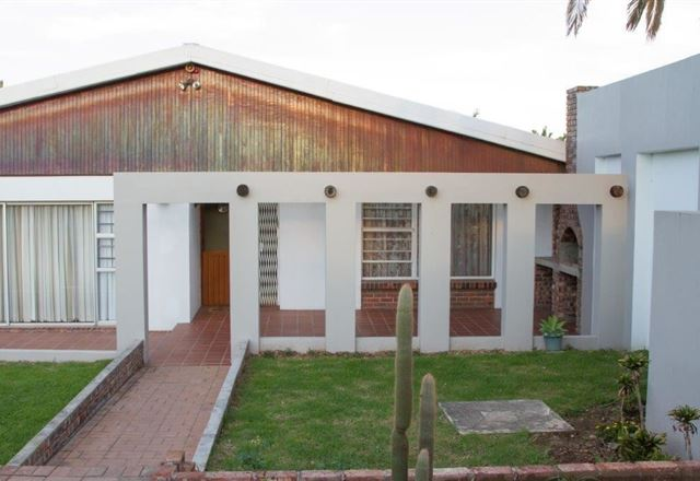 Hillcrest Drive Main House