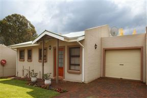 Clarens Cottage Two