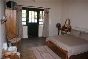 Koo Karoo Guest Lodge - SPID:250195