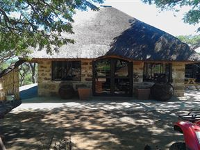 Zandriver Valley Lodge