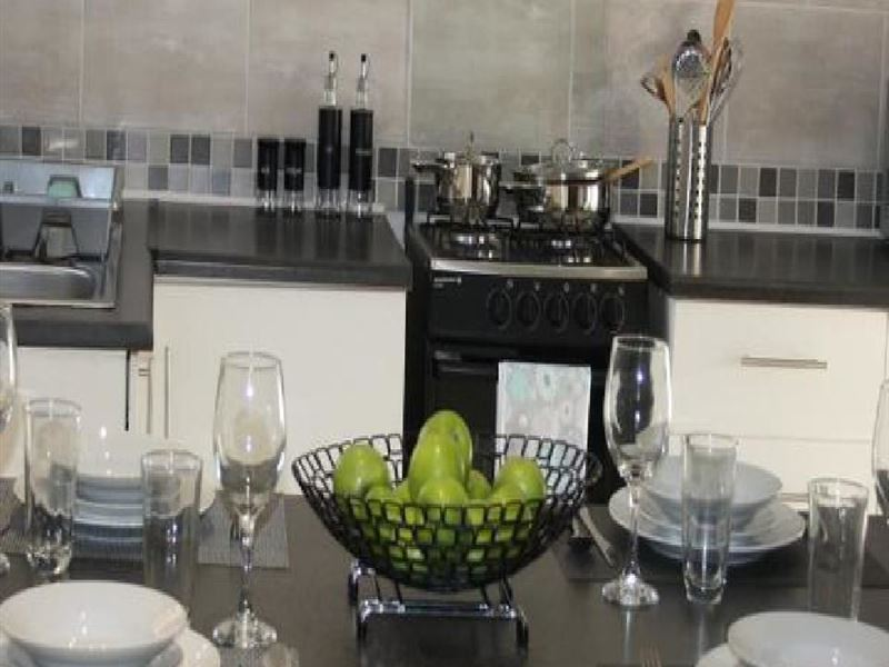 Vooruitzigt Self-Catering Apartments - Accommodation in ...