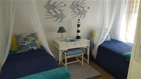 Oyster Box Self Catering Home, Franskraal - SPID:2541675