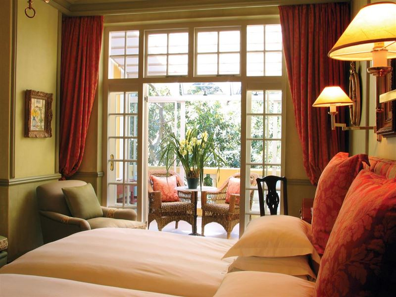 6 Night Cape Town and Safari, Muizenberg, Cape Town Central 3