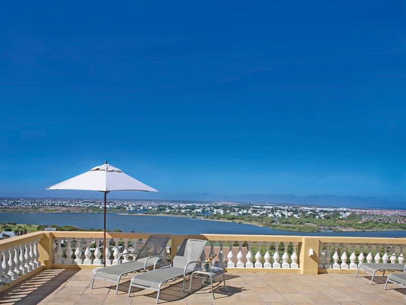 6 Night Cape Town and Safari, Muizenberg, Cape Town Central 8
