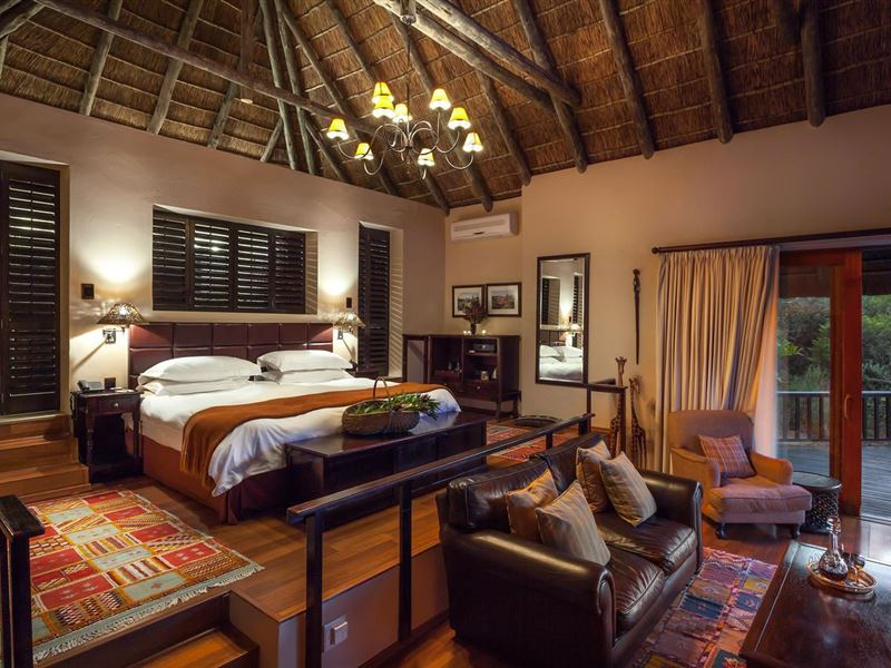 6 Night Cape Town and Safari, Muizenberg, Cape Town Central 1