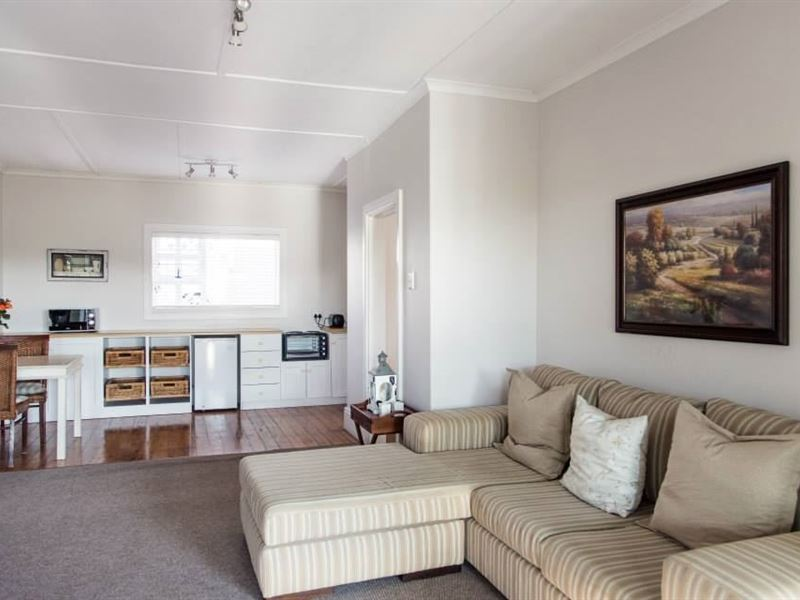 Nahoon Beach Villas Self Catering Apartments - East London ...