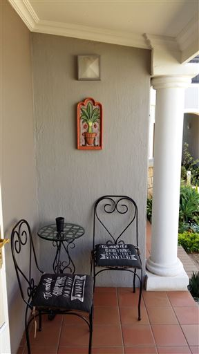 Liza's Cottage Guesthouse
