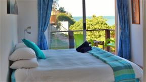 Cristal Cove Guest House Photo