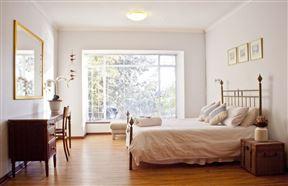 Applepond Guest Suites