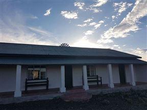 Canariesfontein Guest Farm