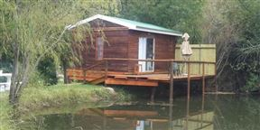 Cango Waterfront Cabins Photo