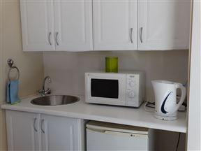 Pro-Active Guest House - SPID:2763287