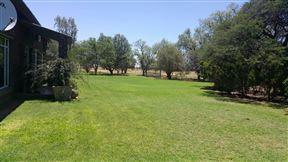 Safari Guest Farm Photo