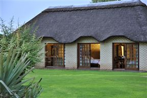 Linksfontein Safari Lodge