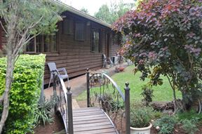 Wooden Manor Guest House Photo
