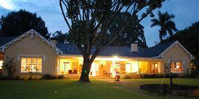 Blue Mountain Luxury Lodge
