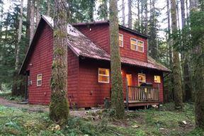 Glacier Sprigs Cabin #12