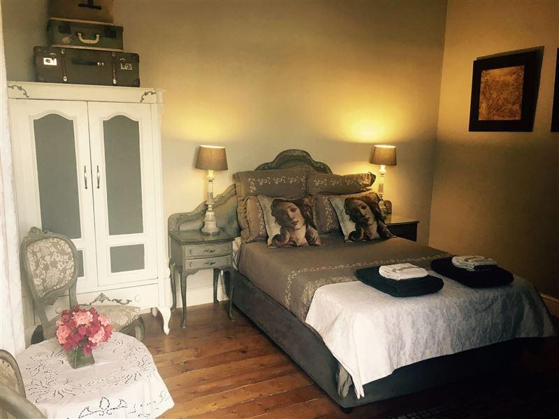 Villa Contessa Boutique Guest House - Beaufort West Accommodation