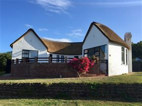 Stilbaai Family Holiday Home