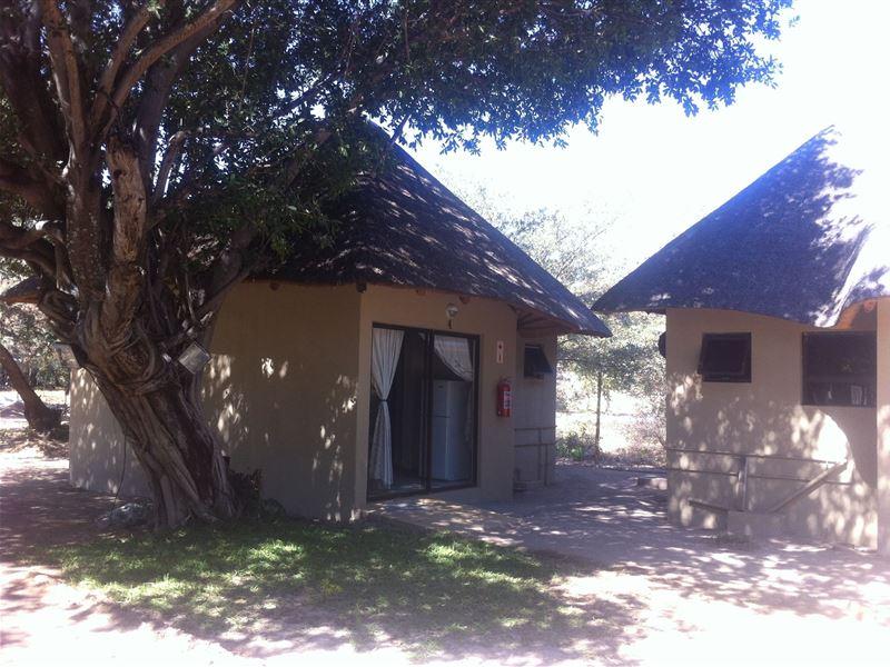 Shakawe Sands Lodge In Shakawe